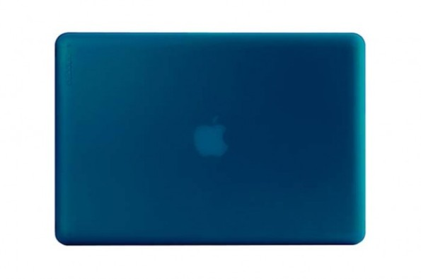 incase-macbook-pro-hardshell-case-2-GUSMEN-620x411