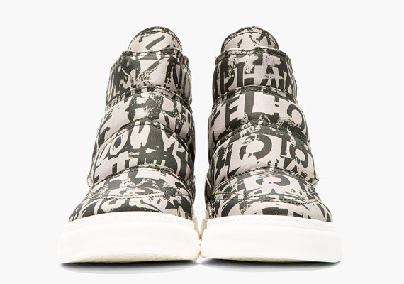 mcq-alexander-mcqueen-khaki-green-quilted-canvas-high-top-sneaker-03-570x400