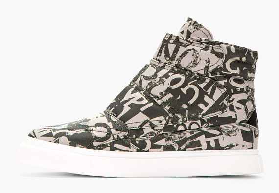 mcq-alexander-mcqueen-khaki-green-quilted-canvas-high-top-sneaker-04-570x395